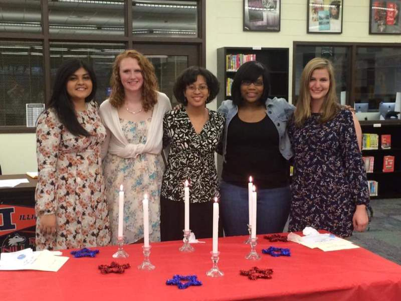 New Quill and Scroll members inducted