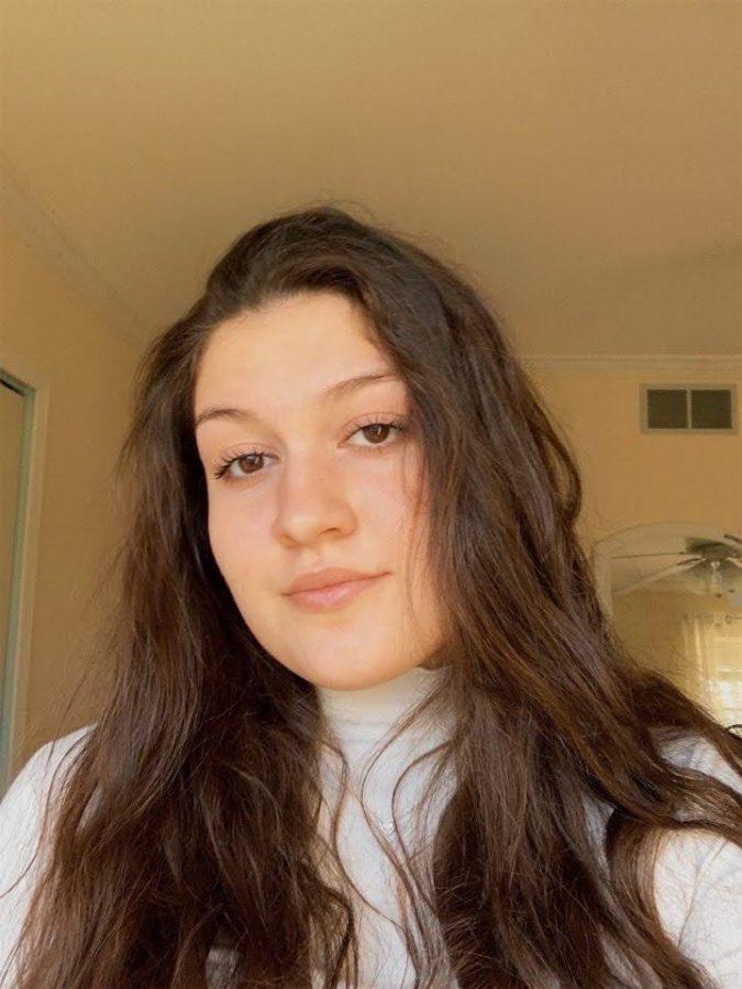 Sara Vangjeli